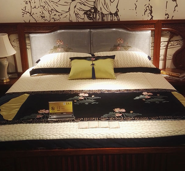 <b>新中式家具有哪些美感</b>