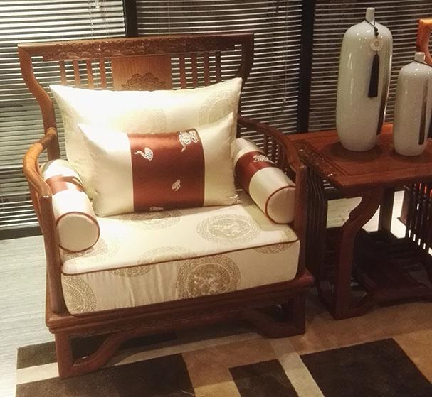 <b>新中式家具的自然美</b>
